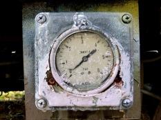 pressure-gauge-1133654_1920
